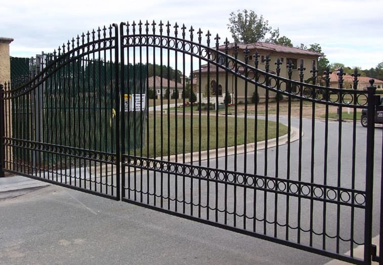 AD Brookelands - A traditional wrought iron driveway gate, galvanised and powder coated black to finish.